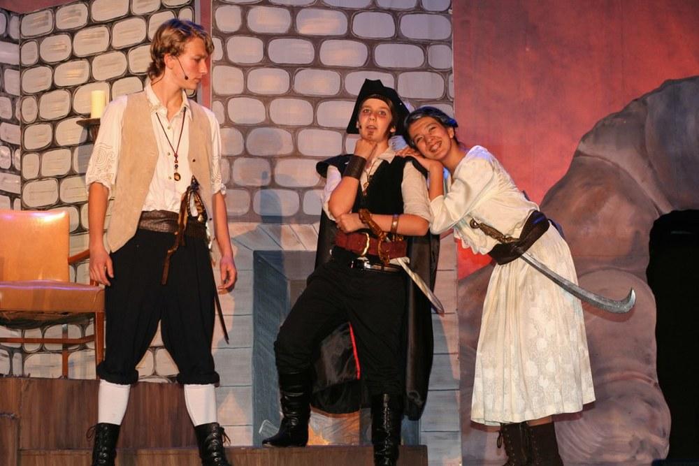 Pirates+of+Penzance+Ruth-PK-Fred+Act+II.jpeg