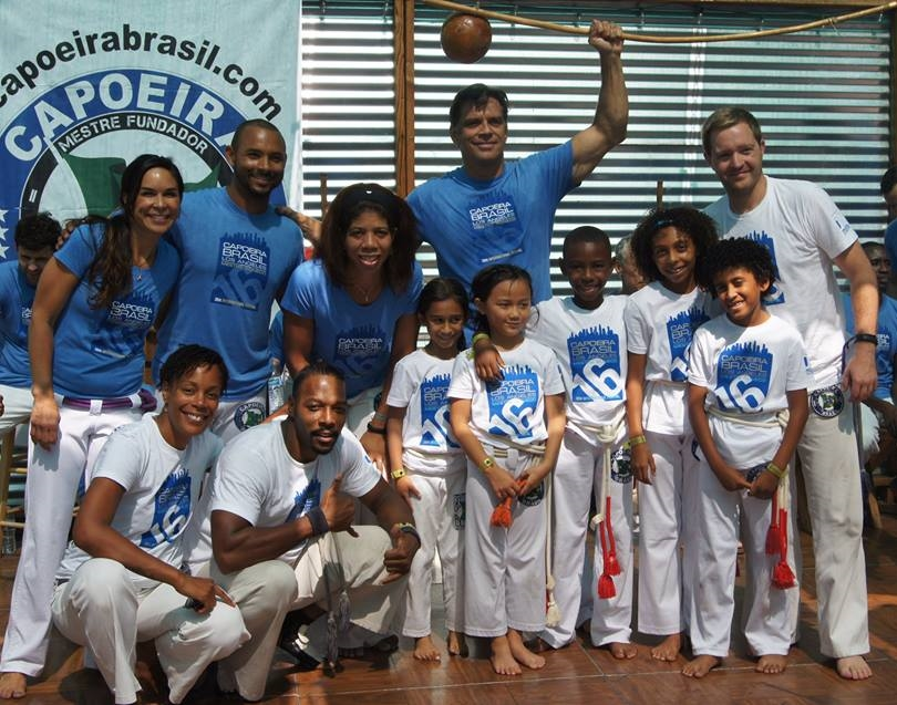 CBLA Youth with Teachers and Mestre Boneco