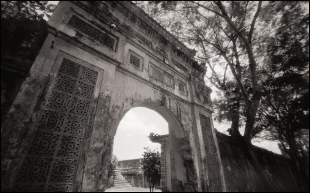 Citadel Wall, Hue . Pinhole Image © 2007.