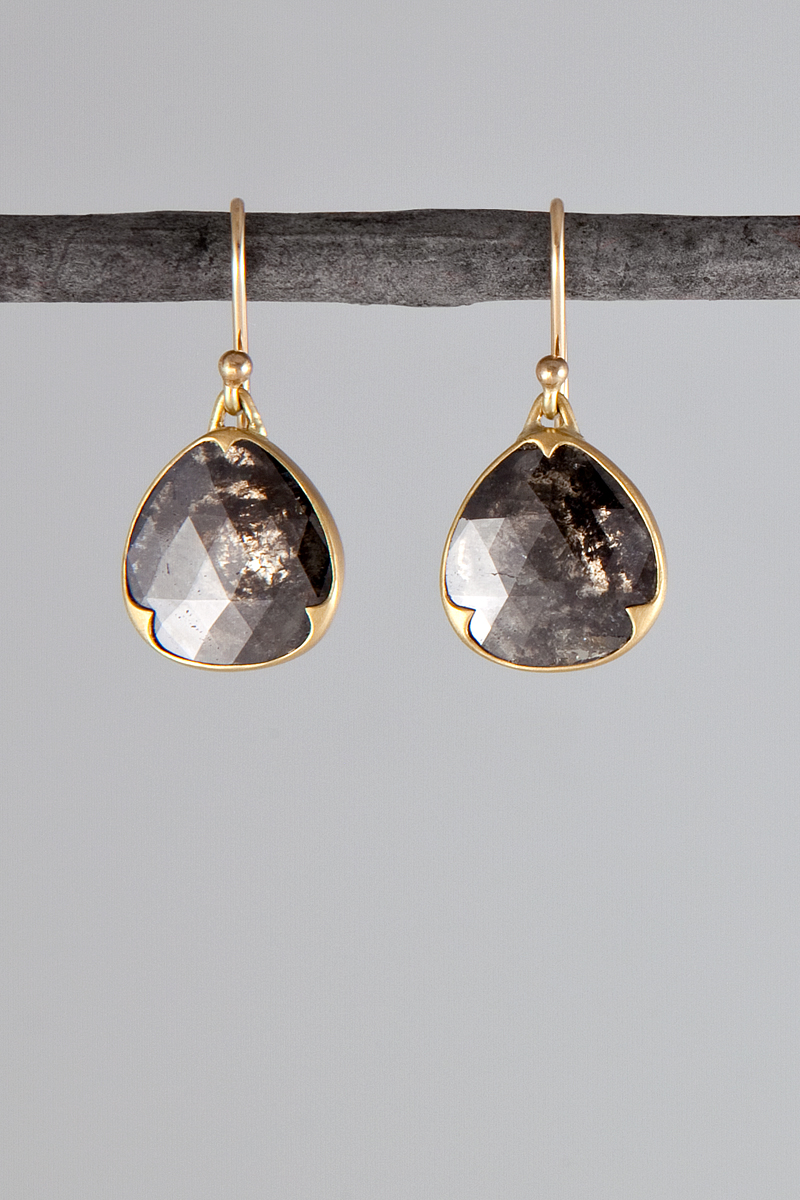 gabriella kiss black lacy teardrop diamond earrings