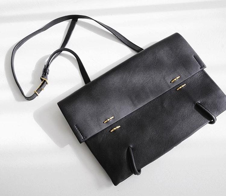 Eka / one shoulder bag is slim and stylsh - shop the eka at our melete design trunk show on october 3