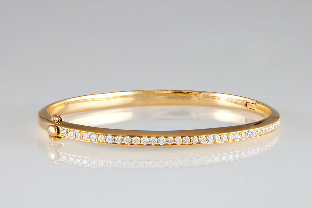 nicole landaw 14K diamond bangle