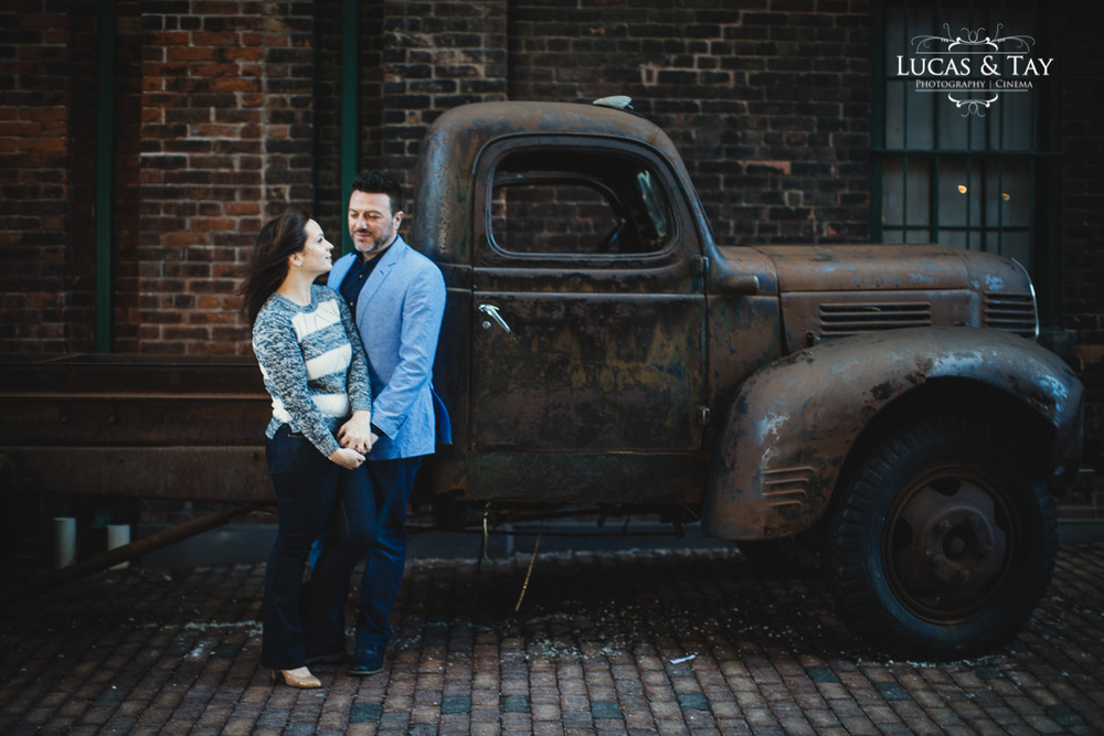 distillery_district_engagement-10.jpg