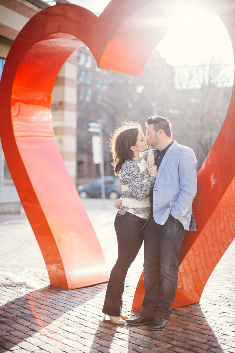 distillery_district_engagement-15.jpg