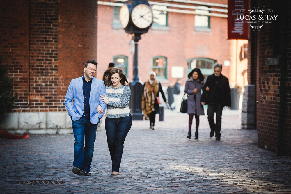 distillery_district_engagement-16.jpg