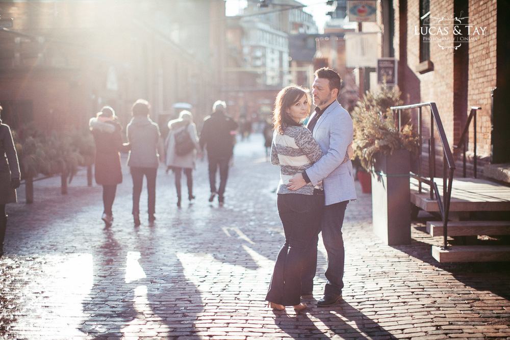 distillery_district_engagement-18.jpg