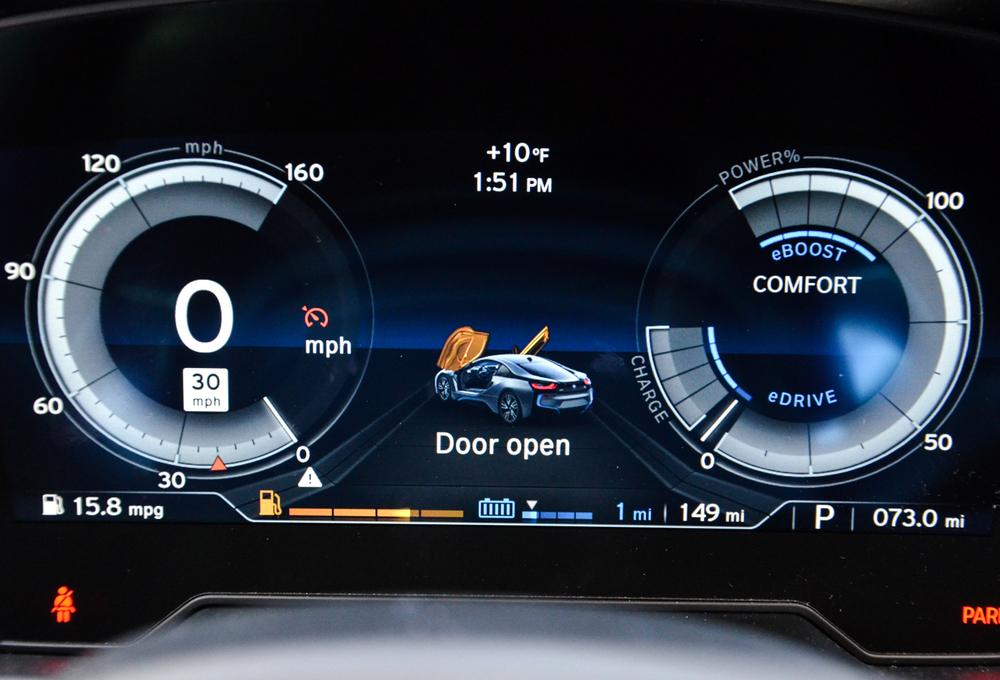 In ECO/Comfort the instrument cluster is blue and well efficiency focused. But in Sport+, it changes to a red theme with an emphasis on performance.