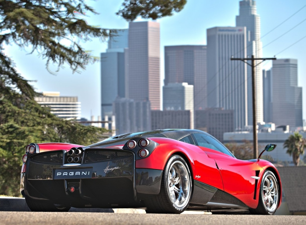 Horacio's Second Masterpiece: The Huayra