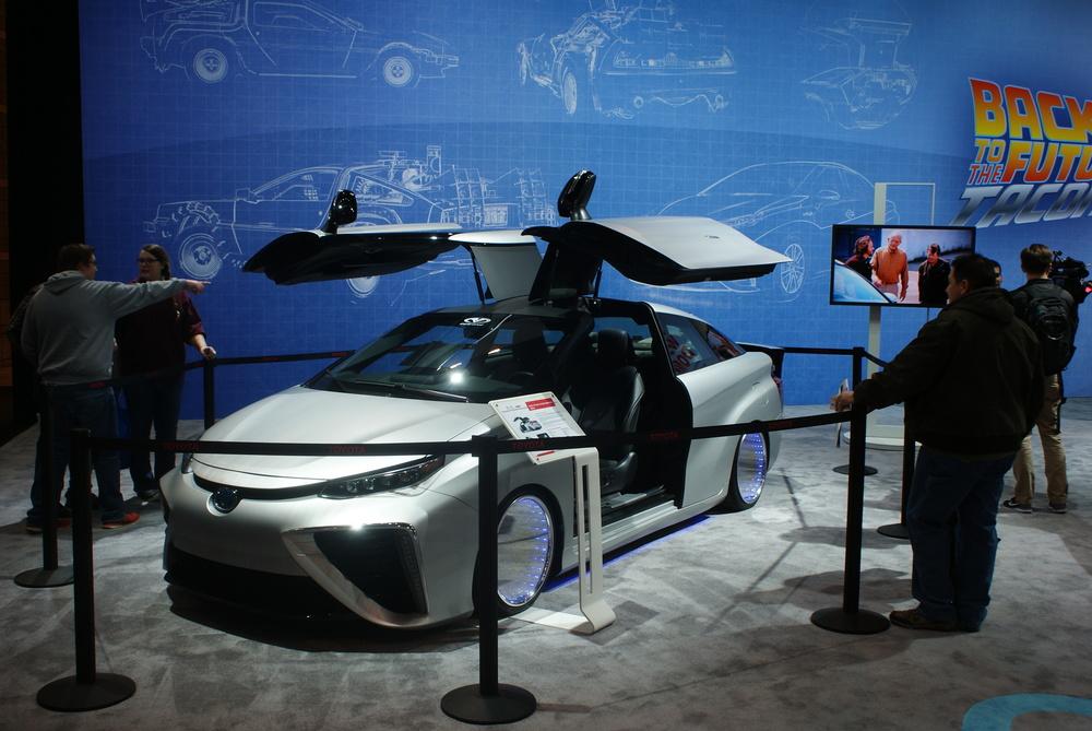 Toyota Back To The Future Mirai Concept (2).JPG