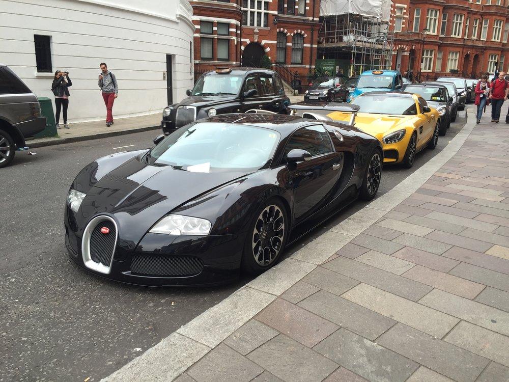 Veyron 16.4 (56).JPG