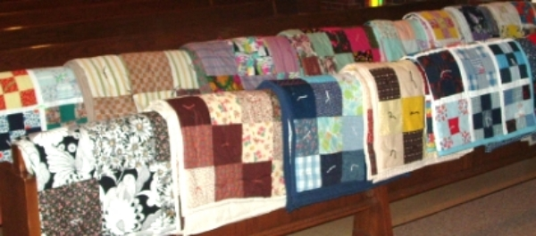 The Quilt Group meets the  4th Tuesday of every month from 9:00 a.m. to 2:00 p.m . in the Fellowship Hall of the church.  The quilts are donated to Metro Lutheran Ministry's annual Christmas Store.  We have a great time stitching and talking.   Even if you don't sew there is room for you!   We can have you pin pieces together, or tie the quilts with yarn and we can always show you how!