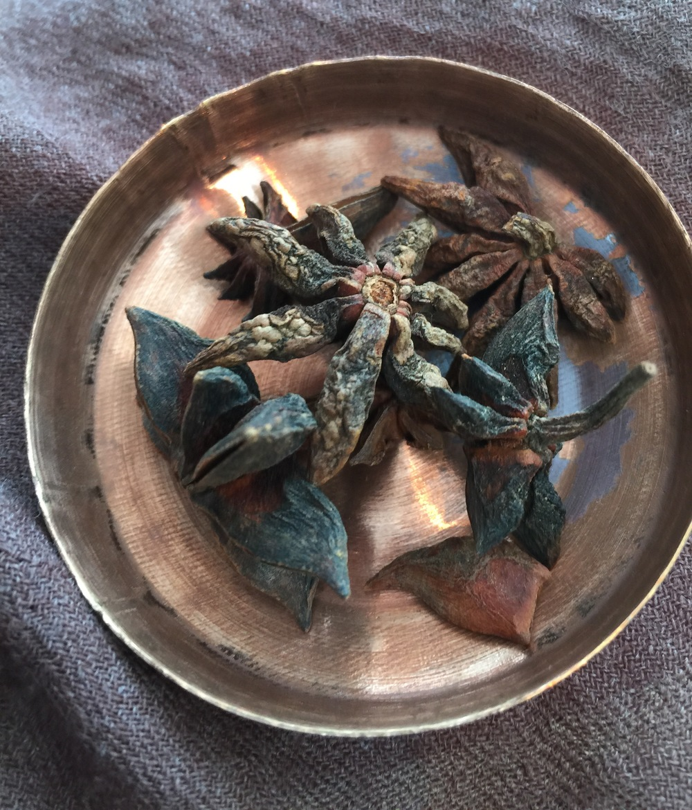 A few pieces of star anise will bring the best out of its flavor.