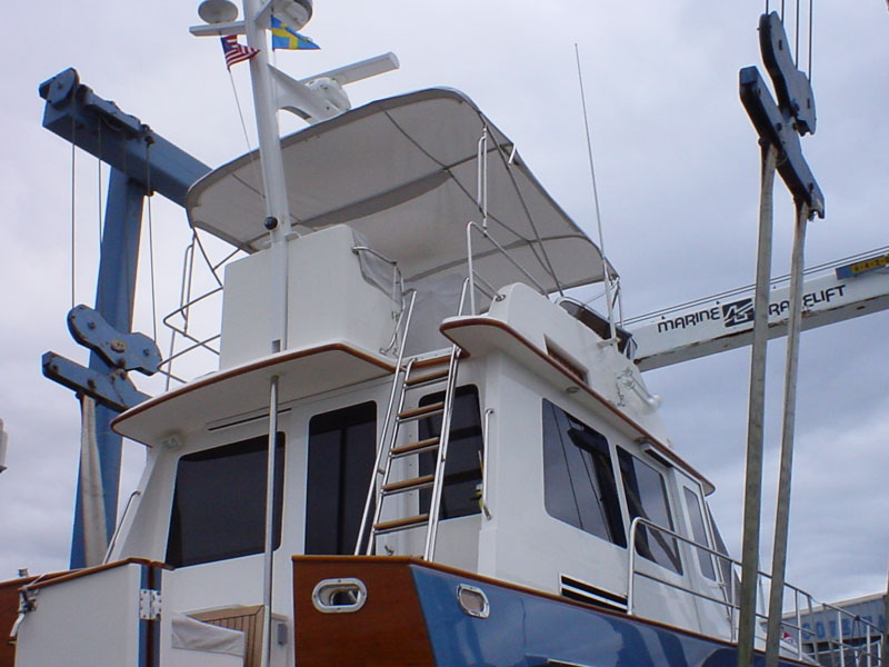 BoatinLift.jpg