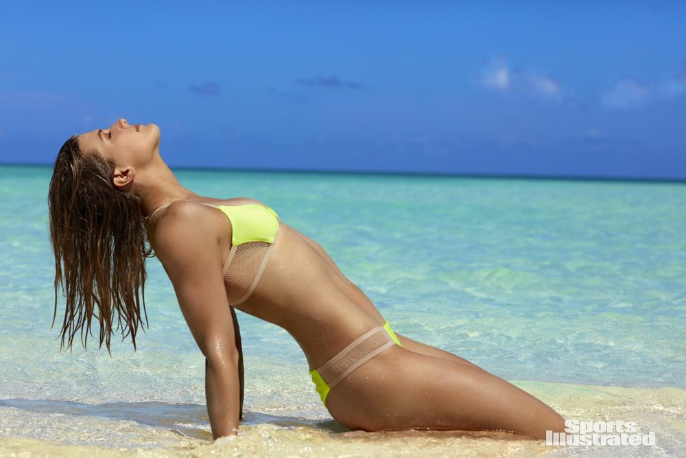 long-beach-yellow-bikini-spray-tan-miami.jpg
