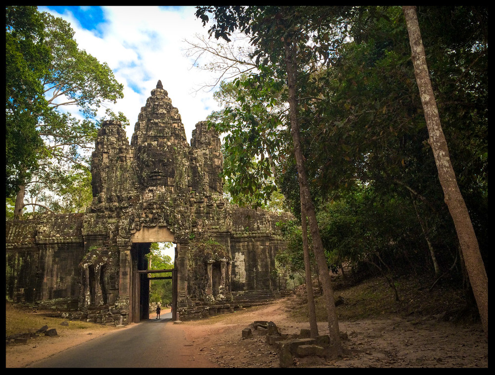 The gate of Angkor Thom.