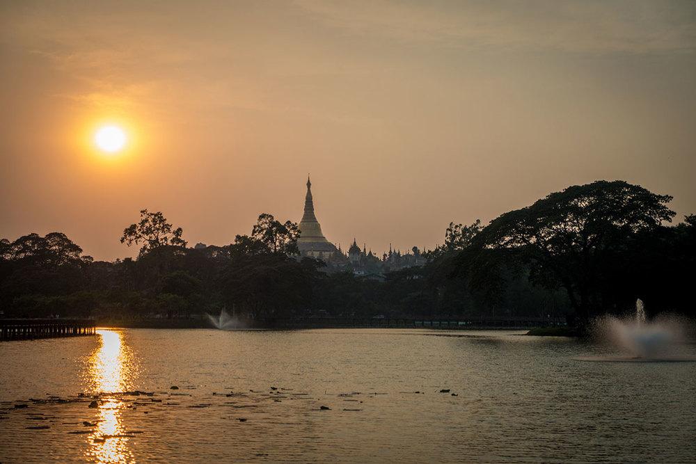 Sunset over Shwedagon Pagoda.