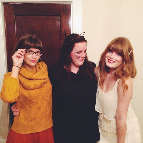 chelsea + her friends threw a halloween party on friday! we had all kinds of fun treats & some delicious witches brew! (velma, kitty & a flapper girl!)