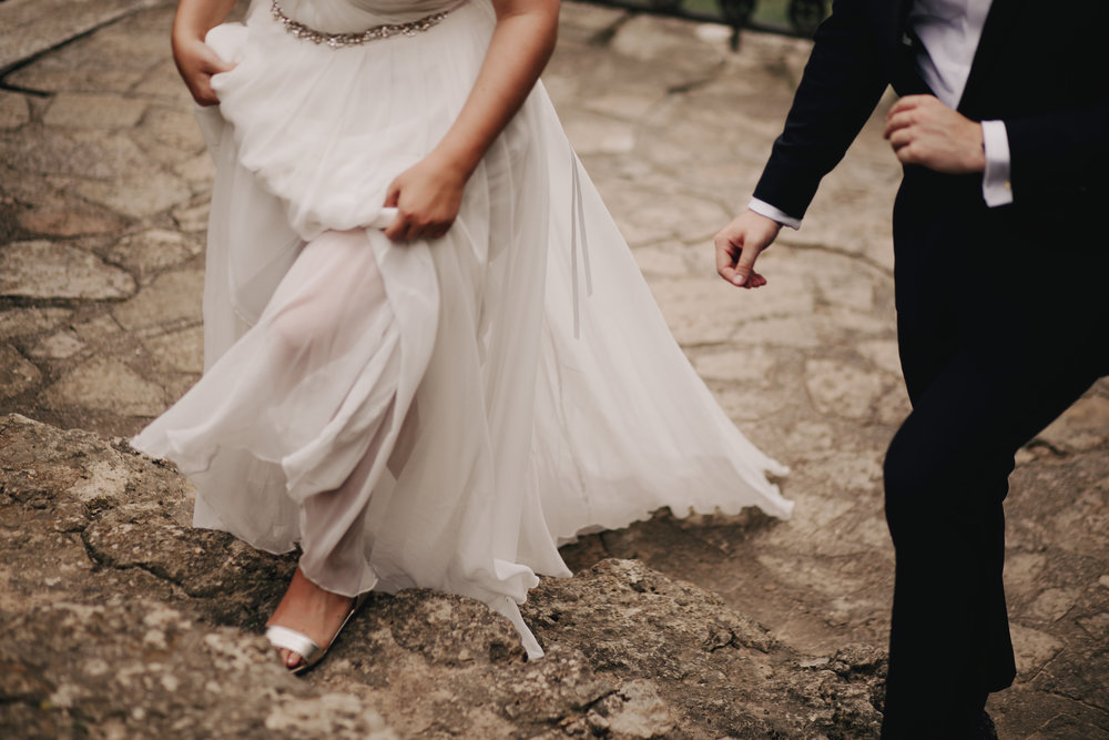 Cheekwood Wedding Nashville Walking Photos Bride and Groom Photography Anthology