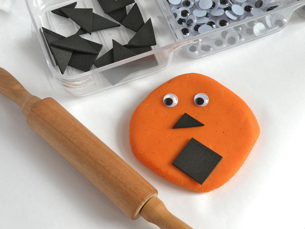 ZDough jack-o-lanterns are perfect for the kiddos that are too little to carve a pumpkin.