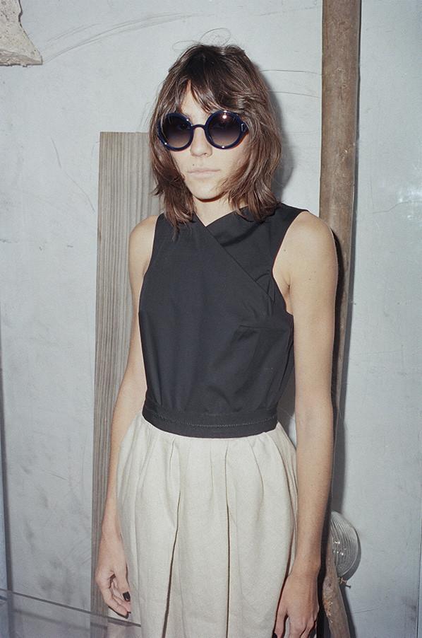 linda farrow x the row | imperial blue sunglasses | treschicnow.com #treschicmedia #sunglasses