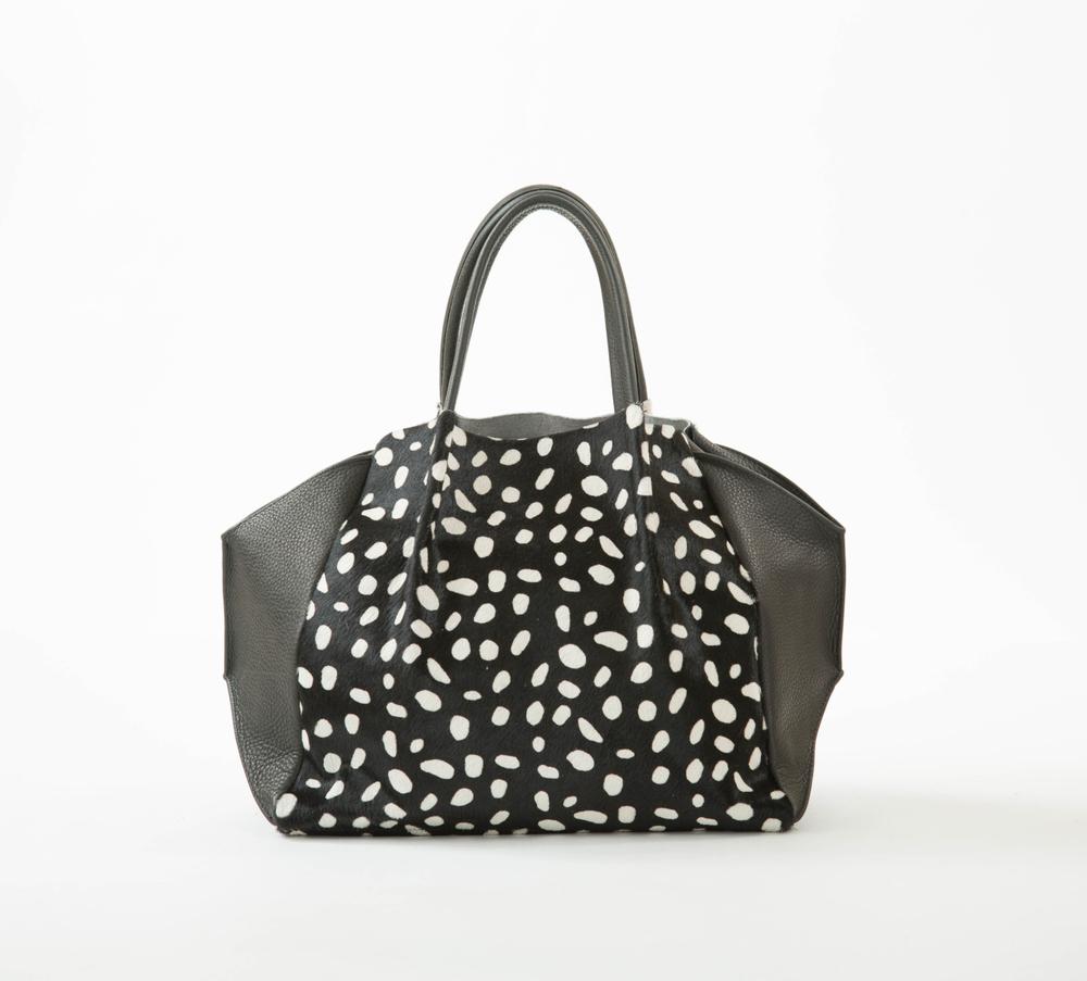 Oliveve Zoe Tote | TresChicNow.com #handbags #fashion #style