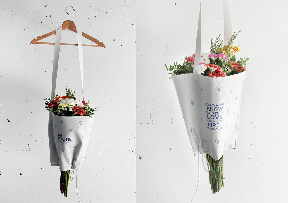 Ecofriendly packaging design that reduces environmental impact, AND makes flowers easier to carry.