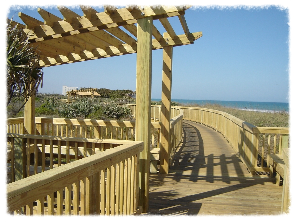 Boardwalk with Shade Trellis