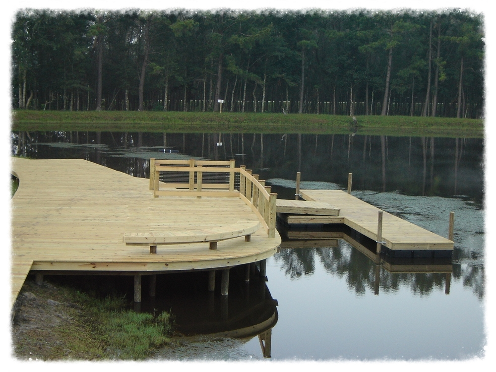 Pier with Floating T Dock