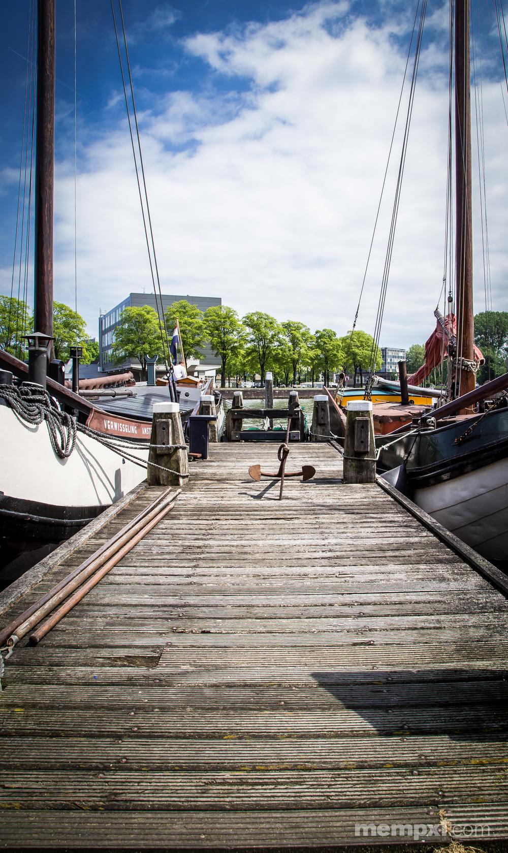 Amsterdam Dock.jpg