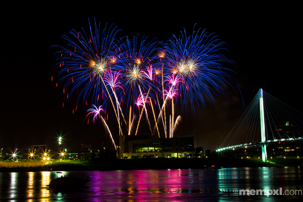 Omaha CWS Fireworks  2014 WM.jpg