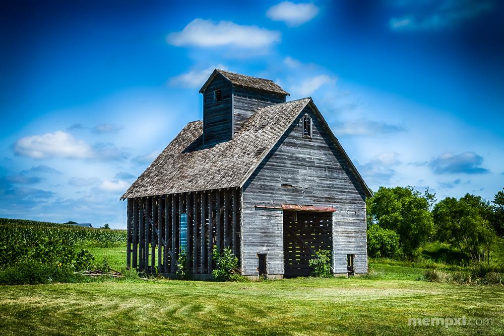 Wooden Corn Silo_.jpg