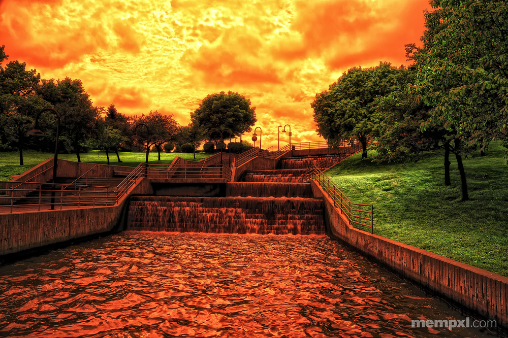 Red Clouds Heartland of America Park.jpg