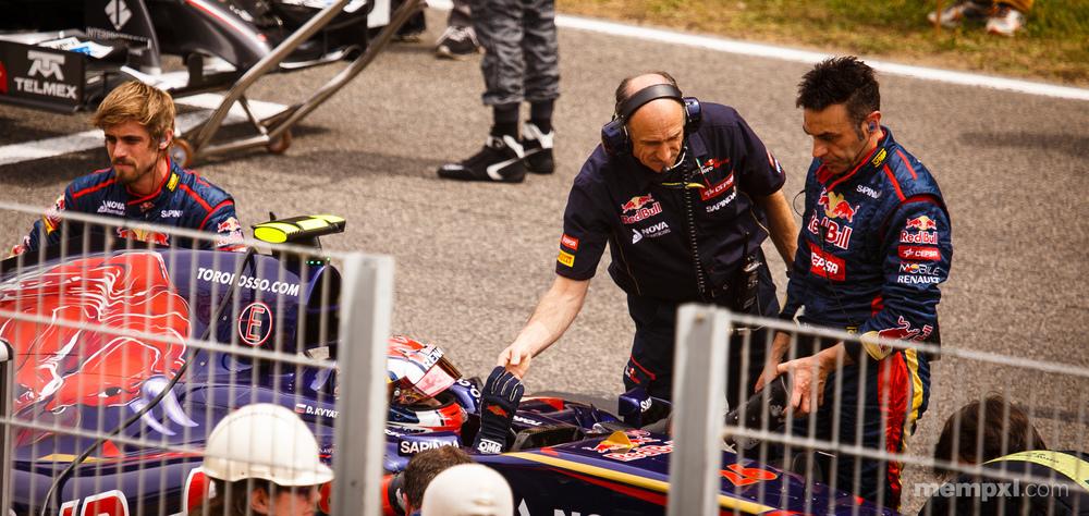 Final Shake 2014 Spanish Grand Prix_.jpg