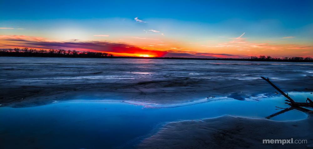 Fire and Ice Lake Manawa.jpg