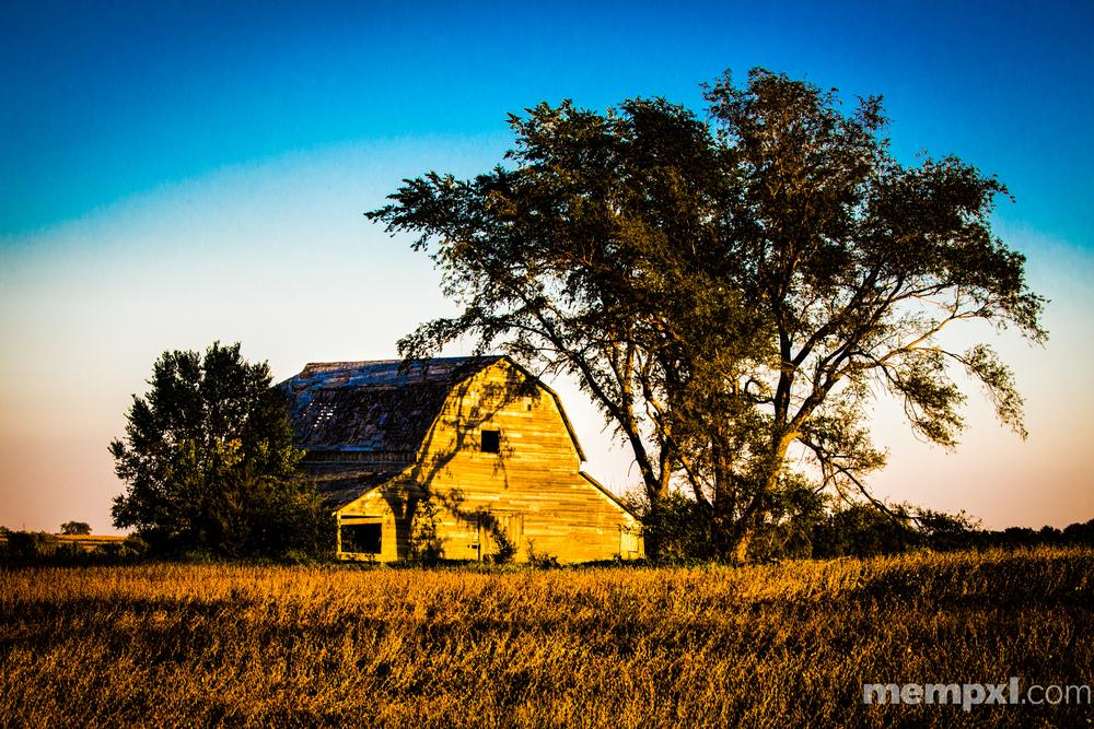 Sunset n Barn 2014 WM.jpg