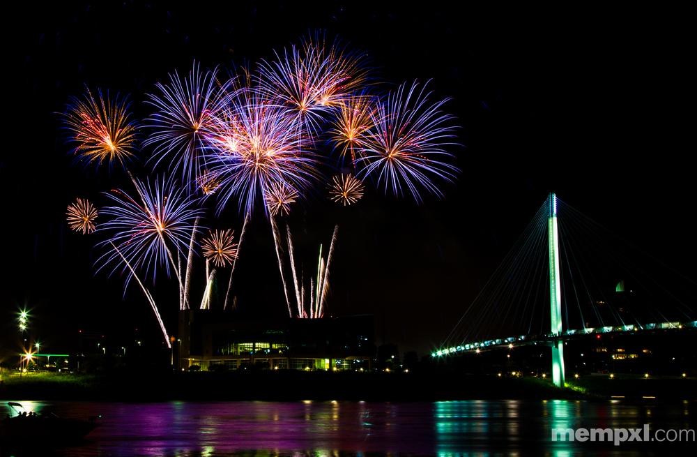 Omaha CWS Fireworks (3) 2014 WM.jpg