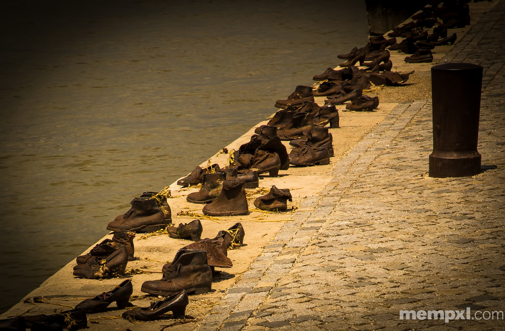 Shoes on the Danube  2014 WM.jpg