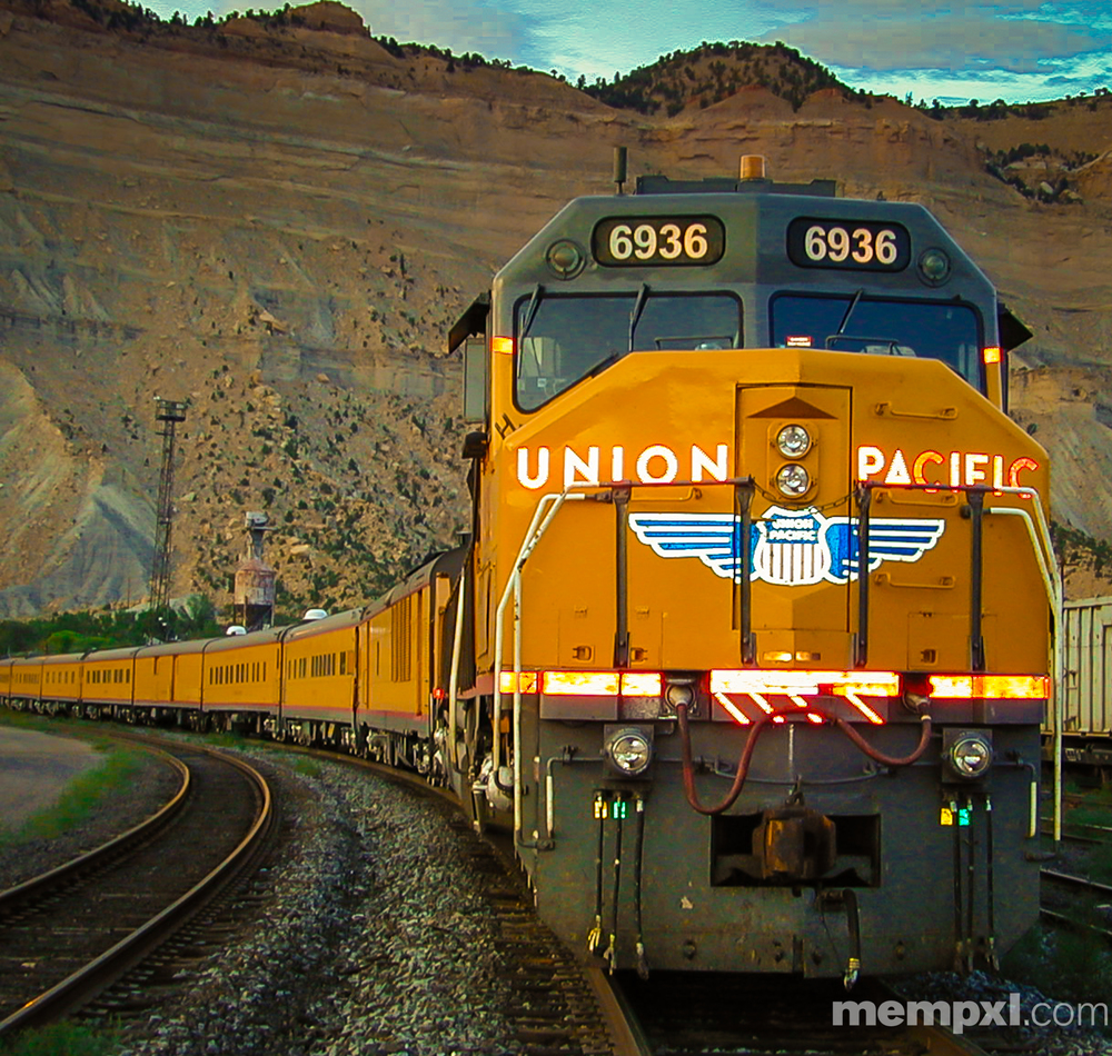 UP 6936 Engineering Special - Utah