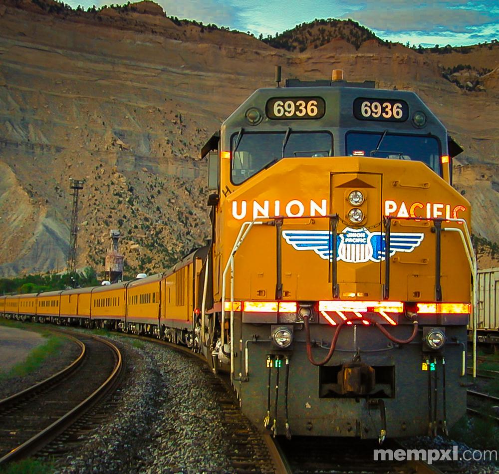 UP 6936 at Helper UT WM.jpg