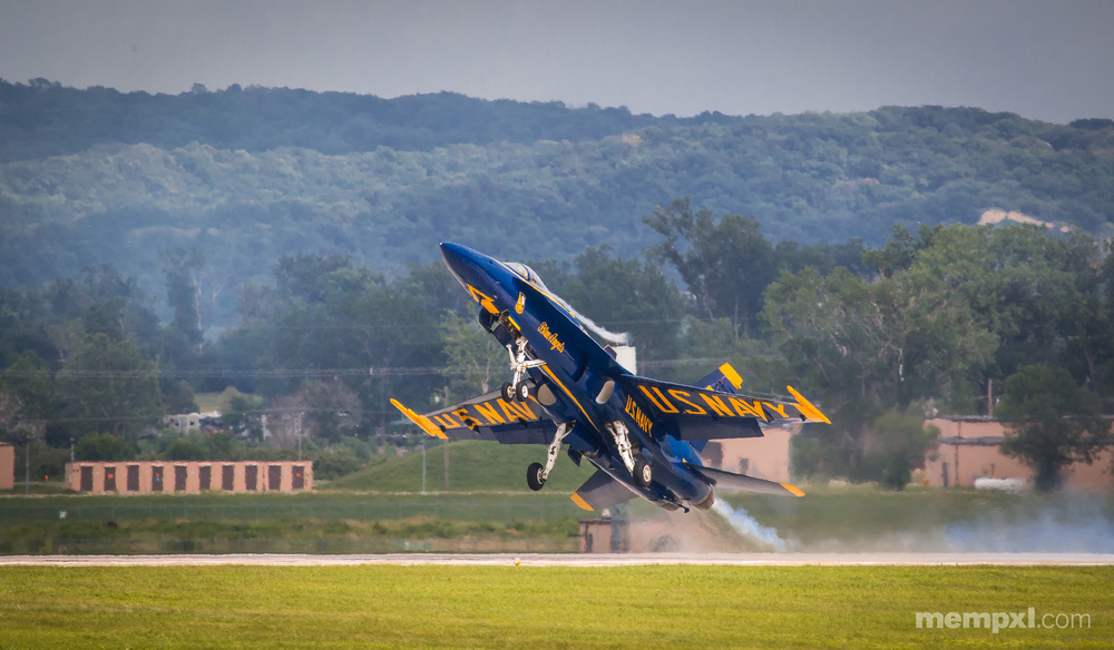 Blue Angel Take Off 2014.jpg