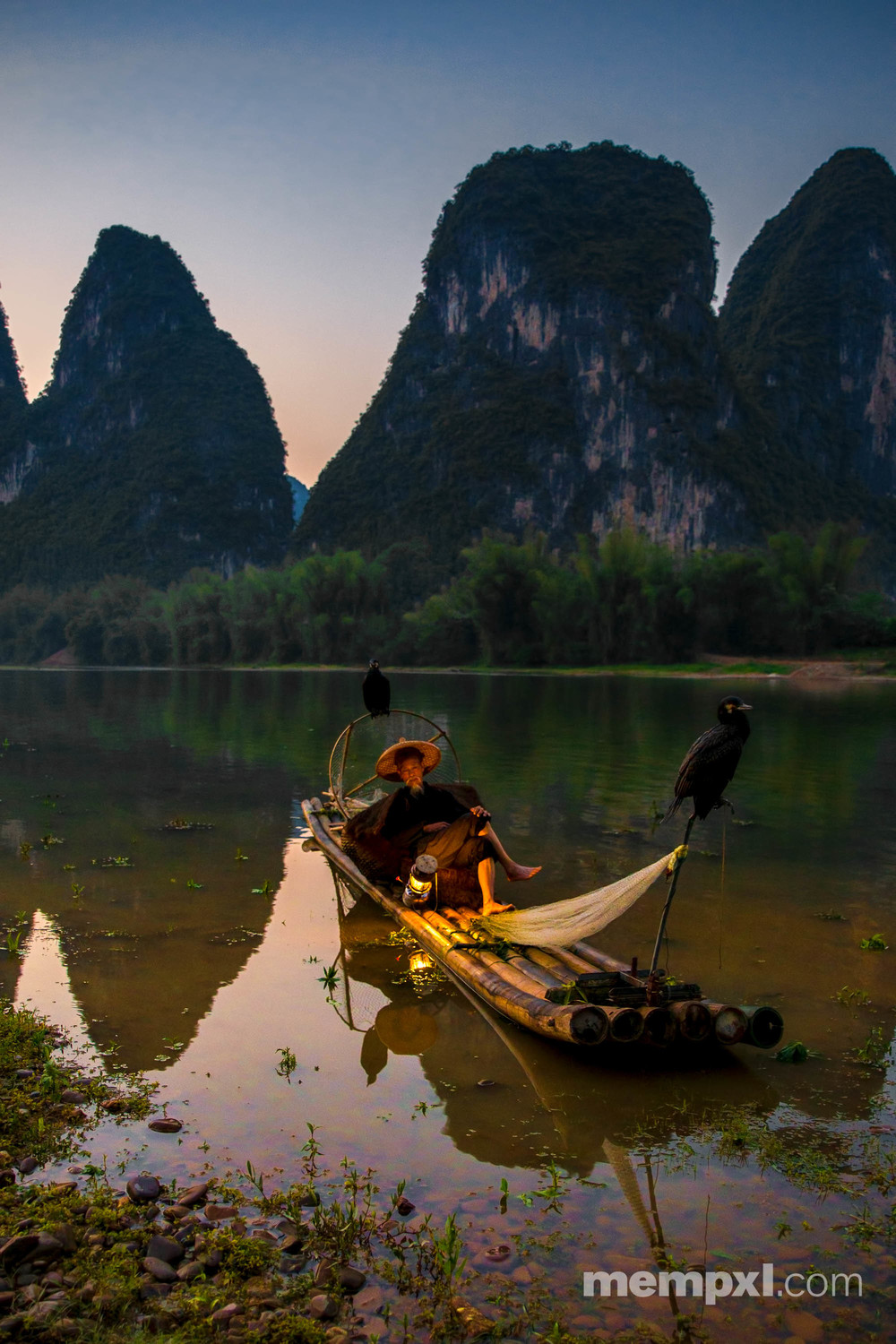 Cormorant Fisherman - Xingping April 2015 WM.jpg