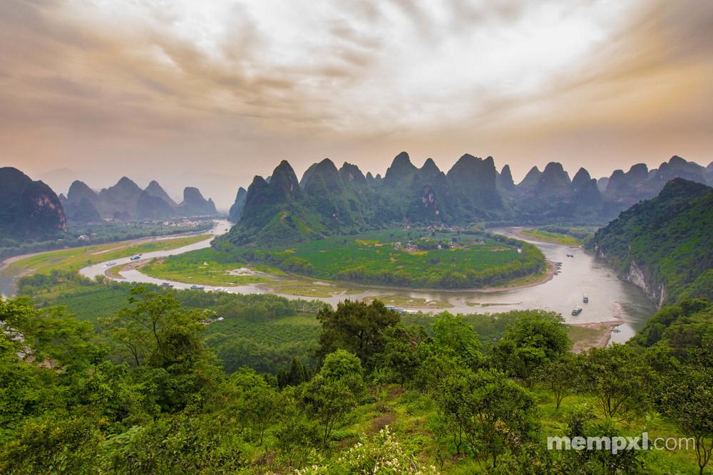 Li River view - Afternoon climb Xingping April 2015 WM.jpg