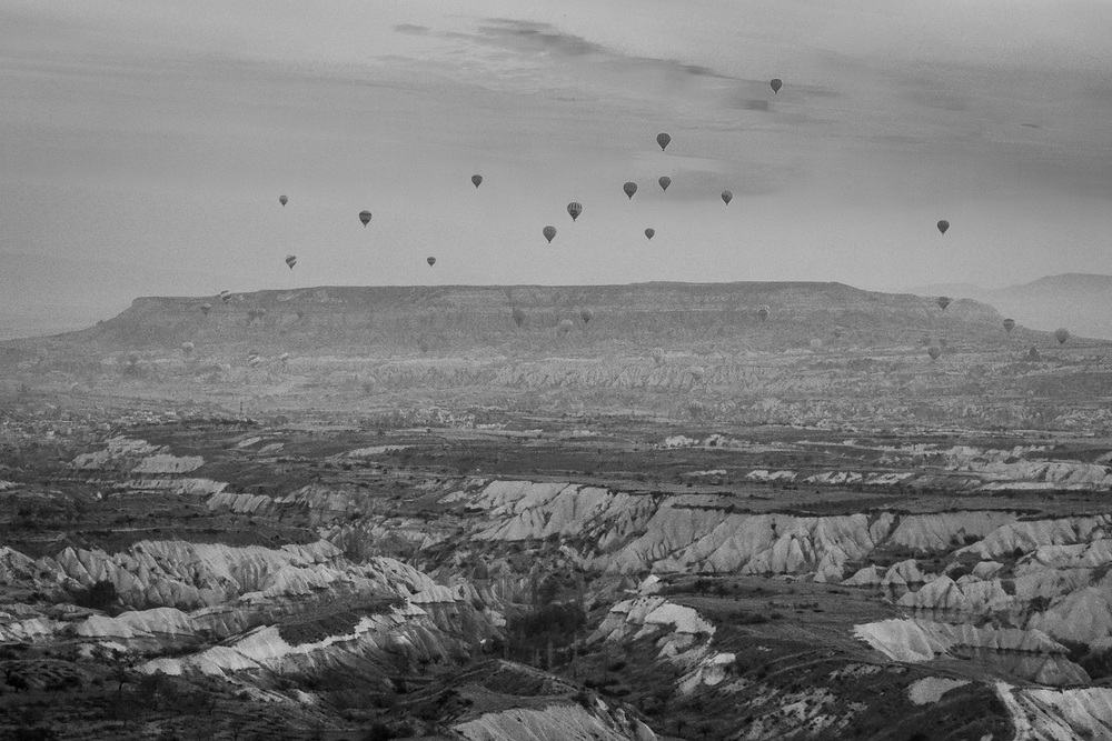 hot air balloons in the cappacodia region of turkey