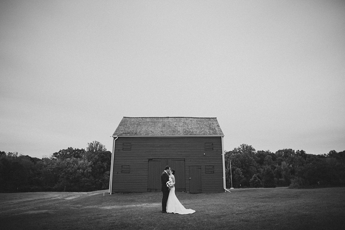 intimate-sentimental-family-wedding-outdoor-woods-photographer_0027.jpg