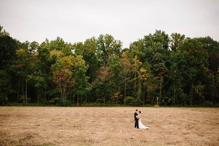 intimate-sentimental-family-wedding-outdoor-woods-photographer_0009.jpg