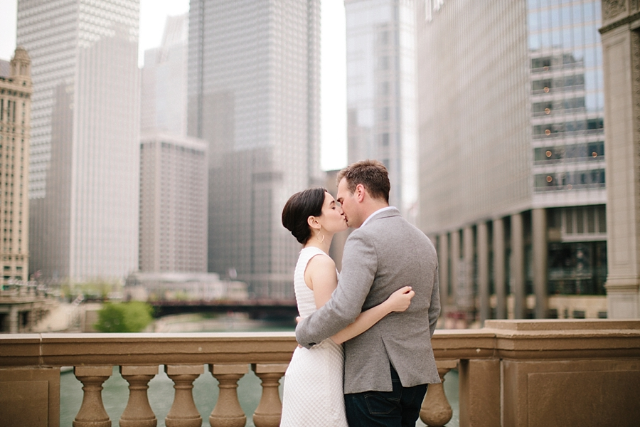 chicago-engagement-session-wicker-park-wedding-photographer_0004.jpg