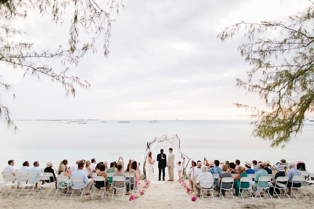 bahamas-destination-wedding-photographer-island-private-ceremony-staniel-cay_0026.jpg