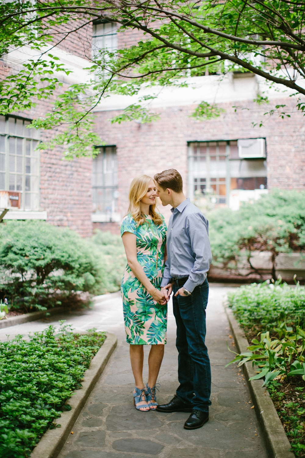 nyc-greenwich-engagement-session-top-photographer_0009.jpg