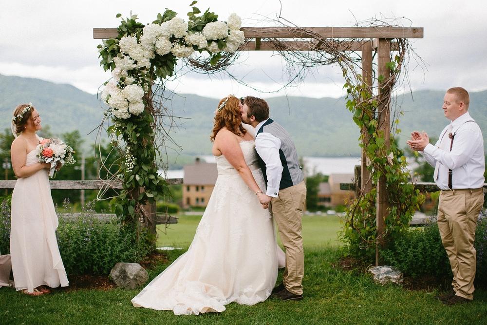 vermont-outdoor-wedding-ceremony-photographer_0029.jpg