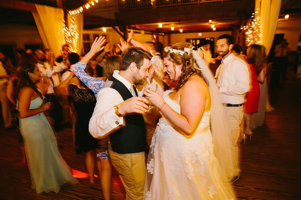 vermont-outdoor-wedding-ceremony-photographer_0053.jpg